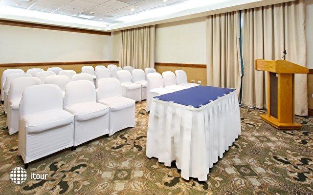 Holiday Inn Express Monterrey Galerias-sn Jeronimo 10
