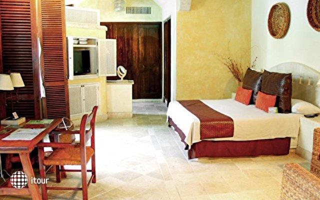 Hotel Dona Urraca 10