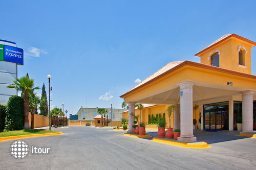 Holiday Inn Express Chihuahua 3