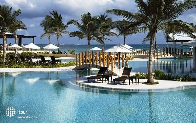 Nh Riviera Cancun Luxury Resort 9