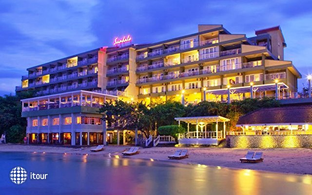 Sandals Grande Riviera Ocho Rios Beach & Villa Golf Resort 4
