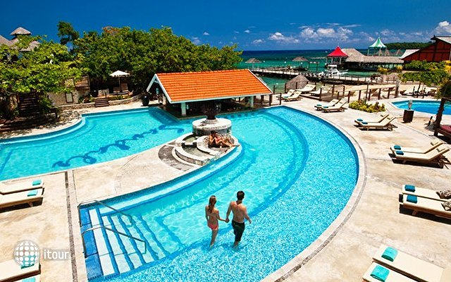 Sandals Grande Riviera Ocho Rios Beach & Villa Golf Resort 5