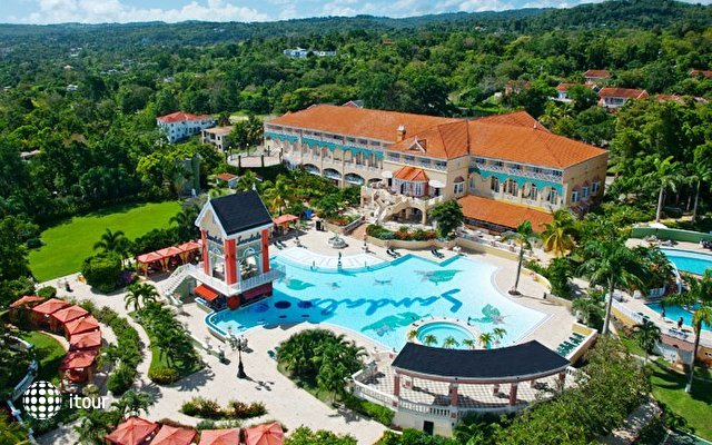 Sandals Grande Riviera Ocho Rios Beach & Villa Golf Resort 1
