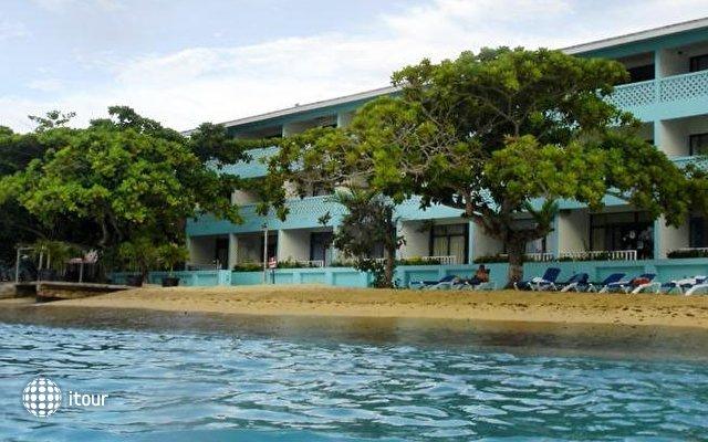 Crystal Ripple Beach Lodge 1