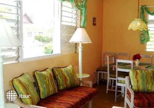 Sunflower Resort & Villas 10
