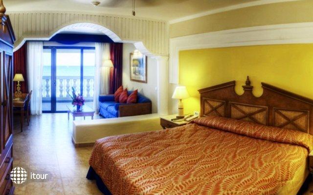 Iberostar Rose Hall Beach Hotel 3