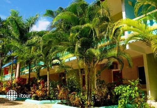 Legends Beach Resort 1