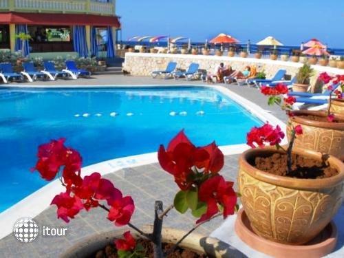 Samsara Cliff Resort & Spa 4