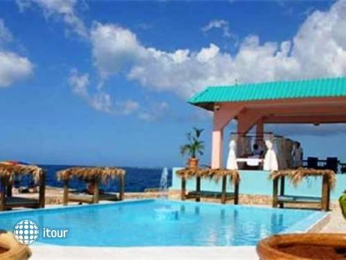 Samsara Cliff Resort & Spa 10