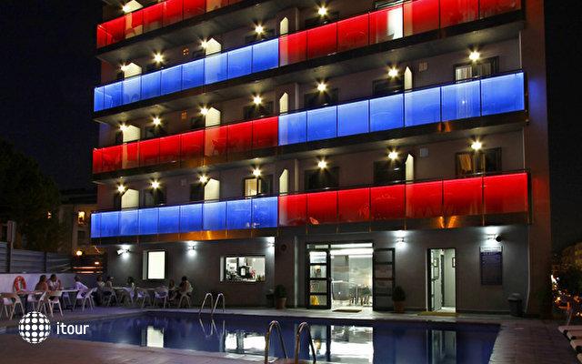 Summer Hotel 1