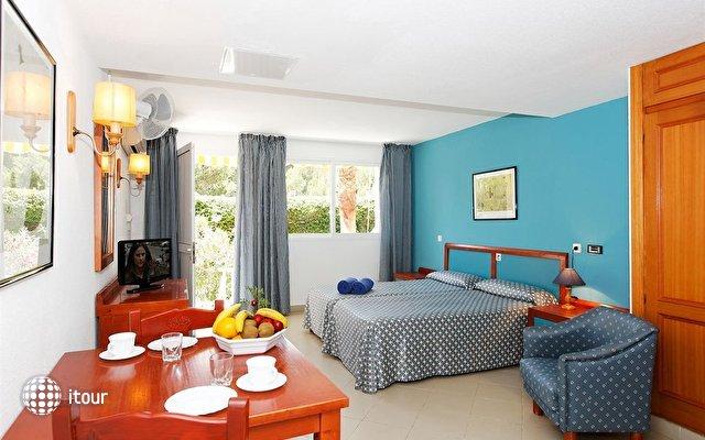 Aparthotel Floramar 4