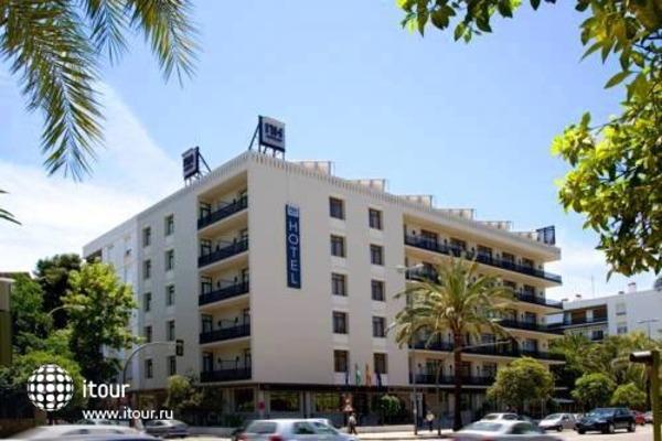 Nh Avenida Jerez 1