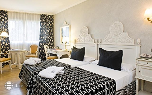 Sallés Hotel Pere Iv 8