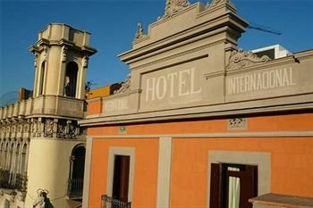 Internacional Cool Local Hotel 2