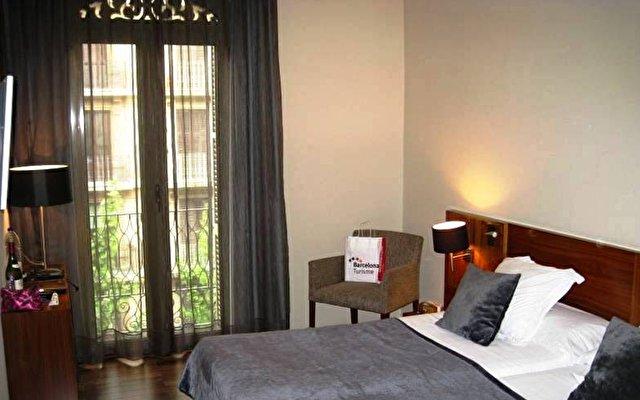 Hotel Advance 10