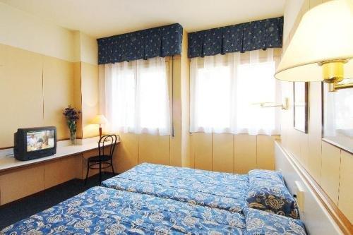 Bonanova Aparthotel 5