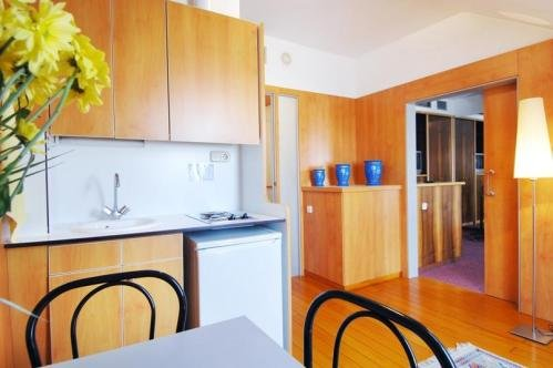 Bonanova Aparthotel 10