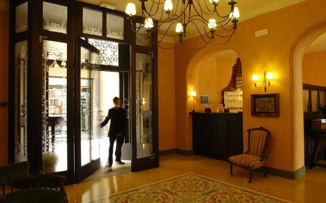 Bremon Hotel Cardona 6
