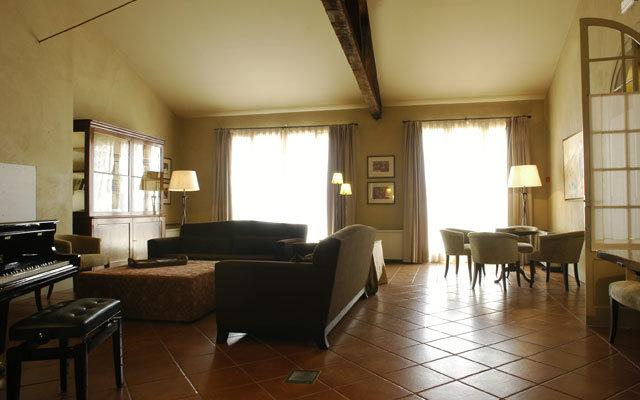 Bremon Hotel Cardona 7