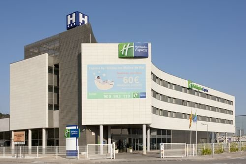 Holiday Inn Express Barcelona-molins De Rei 1