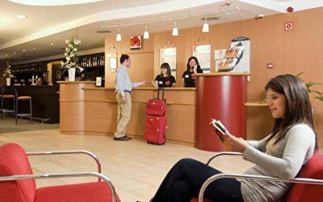 Holiday Inn Express Barcelona-molins De Rei 8
