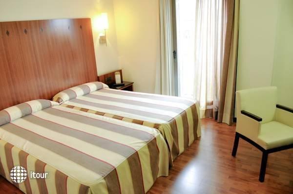 Catalonia Gran Hotel Verdi 4