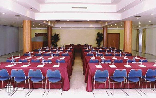 Catalonia Gran Hotel Verdi 6