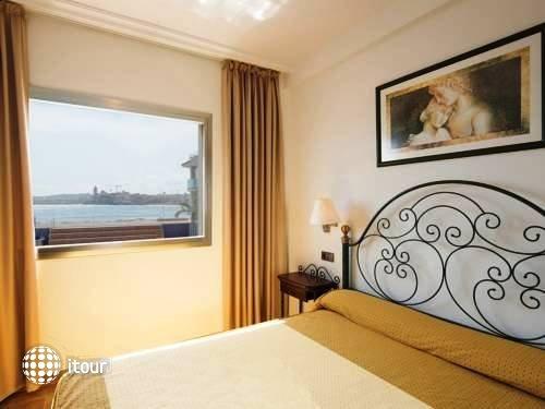 Port Sitges Resort 4