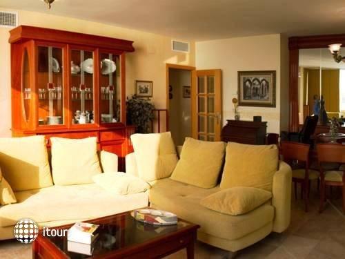 Port Sitges Resort 7
