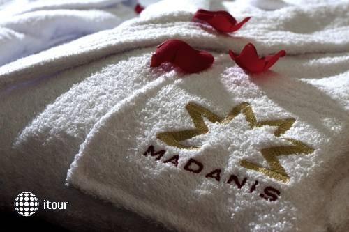 Madanis 10