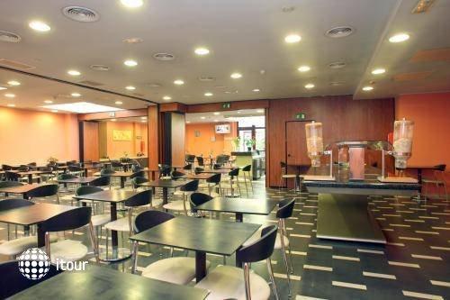 Hotel Ronda Lesseps 4