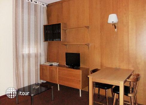 Aparthotel Augusta 5