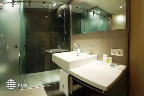 Qgat Hotel Restaurant Sant Cugat 10
