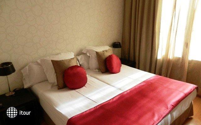 Grandom Suites 1