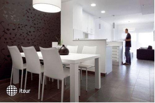 08028 Apartments 5