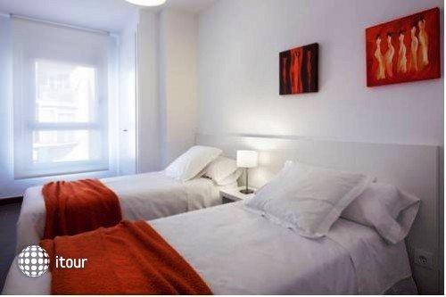 08028 Apartments 10
