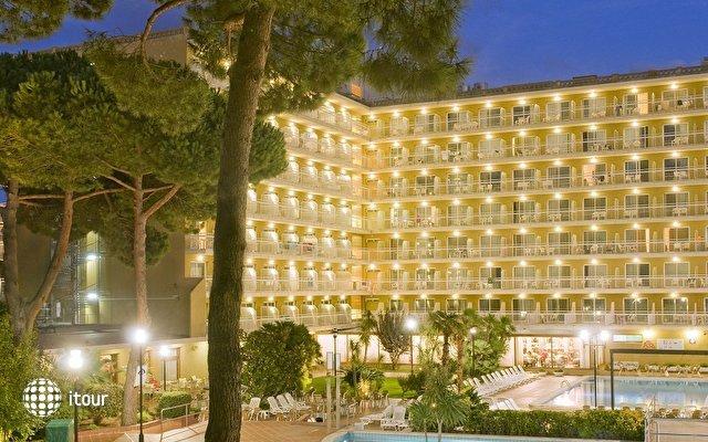 Hotel President 4