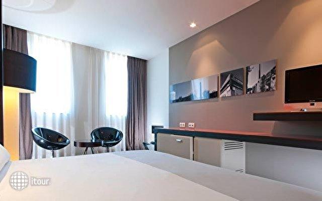 Tryp Barcelona Condal Mar Hotel (ex. Vincci Condal Mar) 10