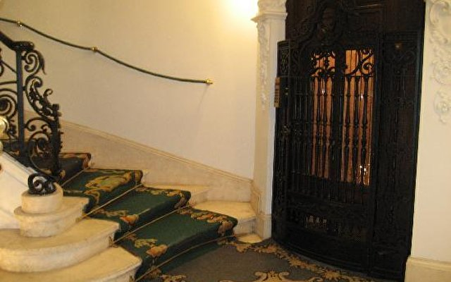 Ac Palacio Del Retiro 4