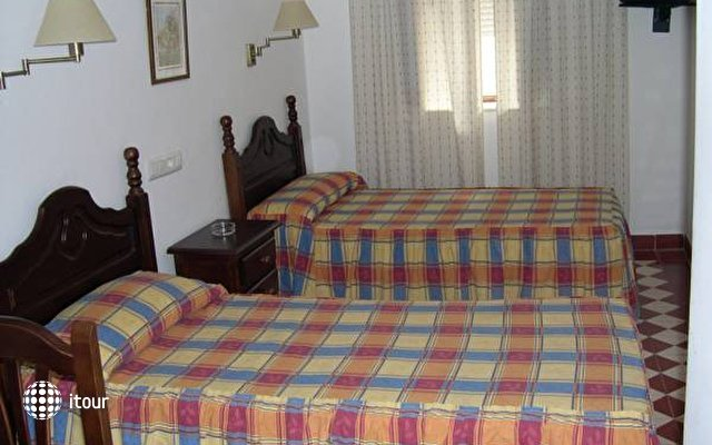 Hostal El Pilar 3
