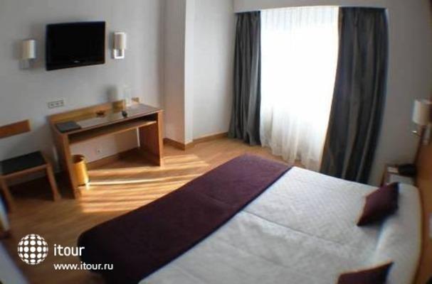 Best Western Hotel Trafalgar 7