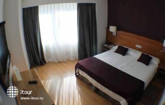 Best Western Hotel Trafalgar 9