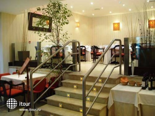 Best Western Hotel Villa De Barajas 3