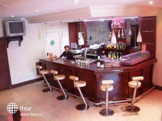 Best Western Hotel Villa De Barajas 4