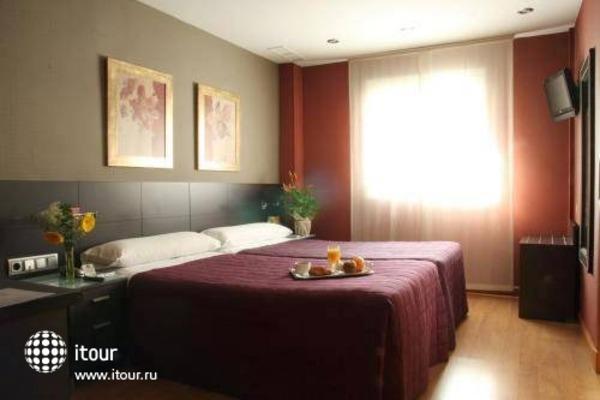 Best Western Hotel Villa De Barajas 9
