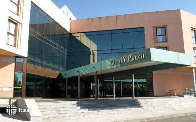 Alcala Plaza 1