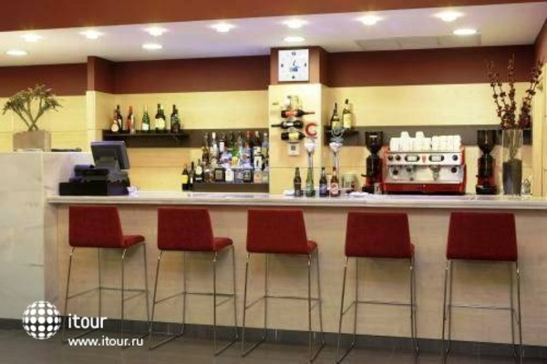 Holiday Inn Express Madrid-getafe 9