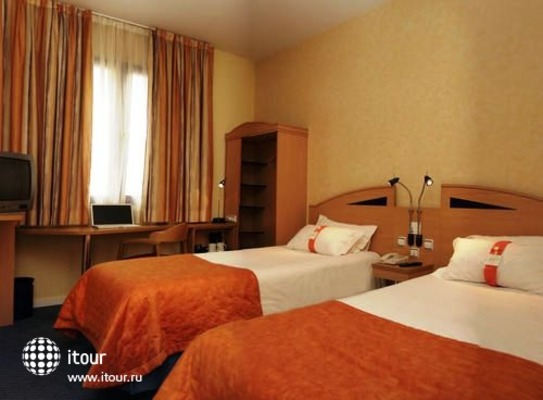 Holiday Inn Express Madrid-san Sebastian De Los Reyes 9