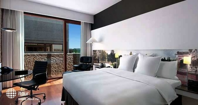 Hilton Madrid Airport 6