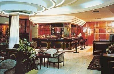 Gran Hotel Lar 4